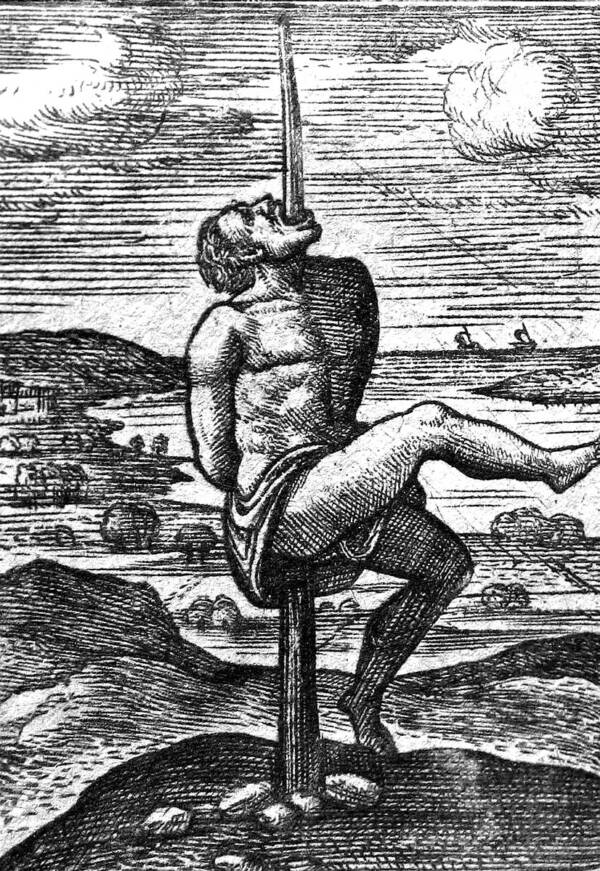 medieval-execution-by-impalement