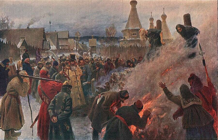 russian-burning-at-the-stake