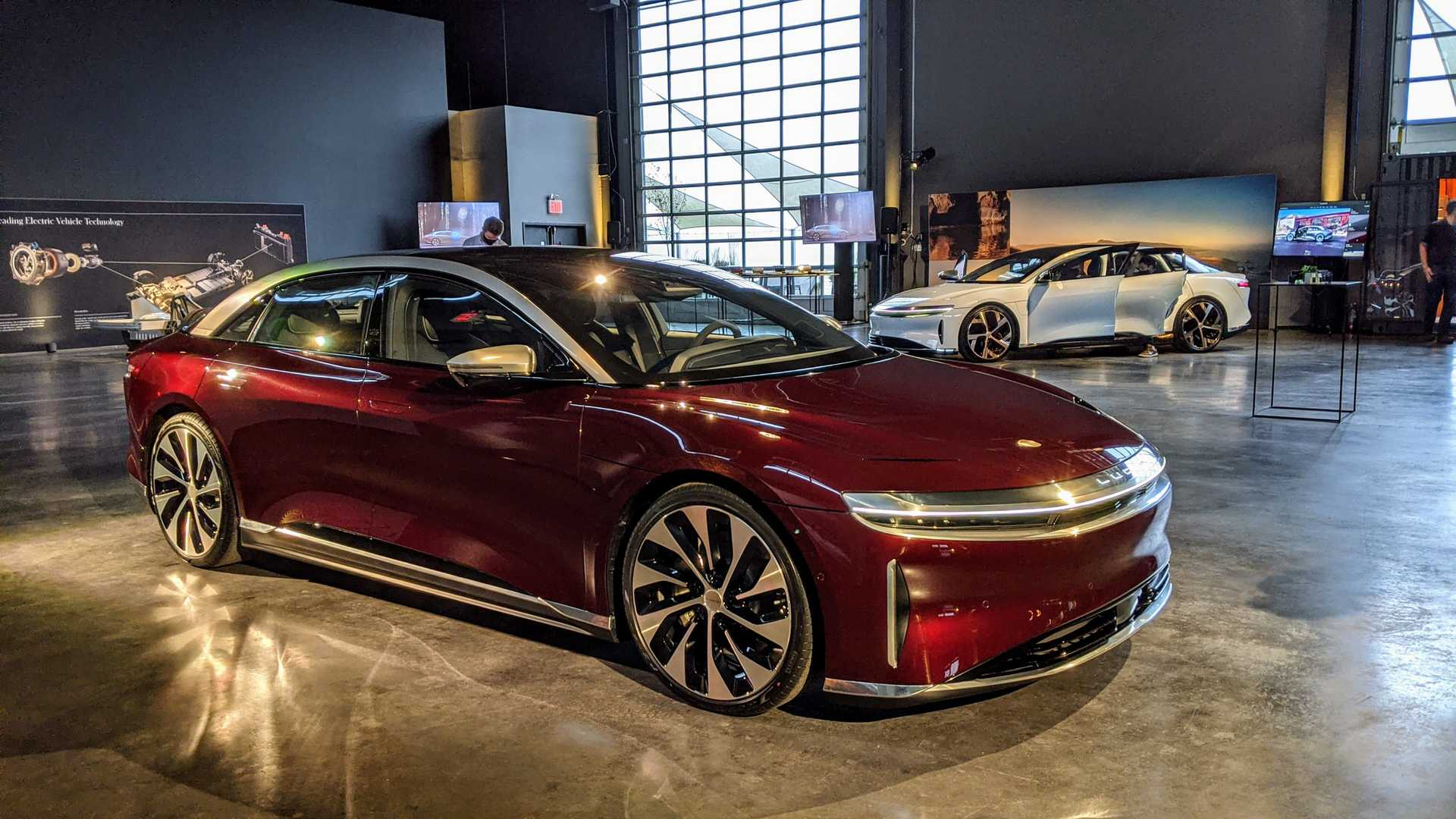 lucid-air-in-zenith-red